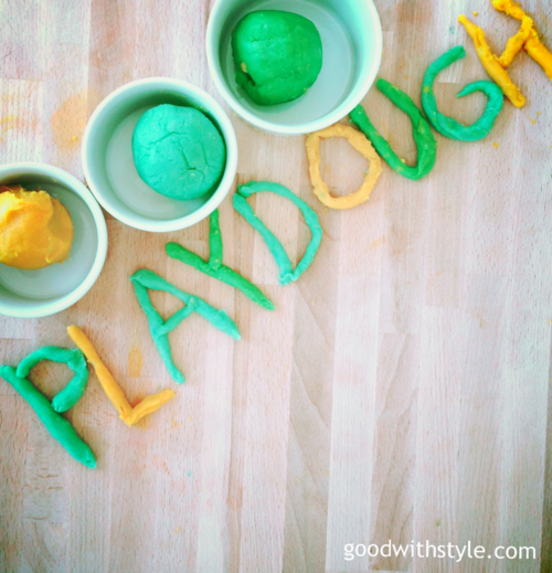 homemade_diy_playdough_goodwithstyle